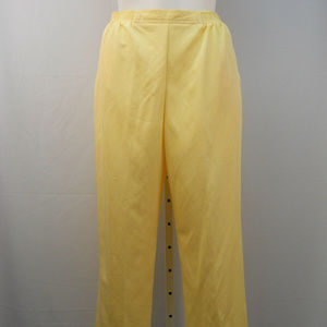 Women's Causal Pants Proportioned Short Size 18